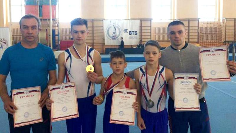 Золото и серебро привезли вологодские гимнасты из Великого Новгорода