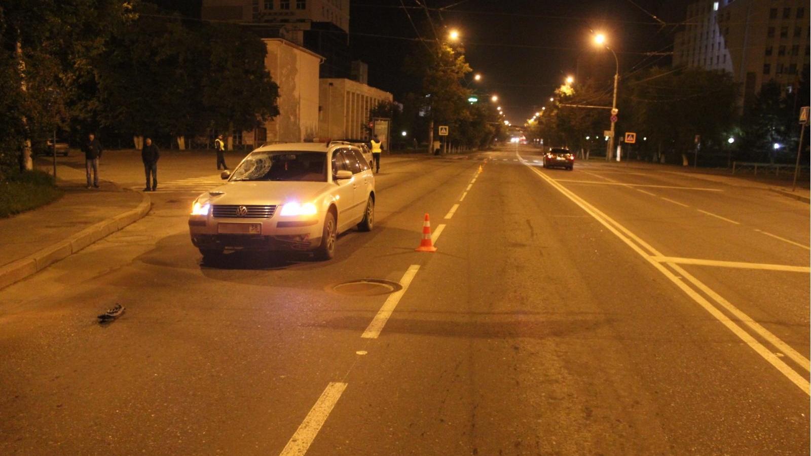 Наулице Герцена под колесами иномарки умер двадцатилетний пешеход