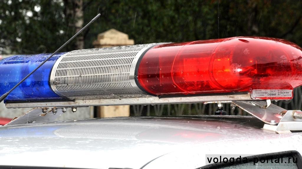 ВВологде работники ГИБДД разыскивают автомобиль, сбивший подростка